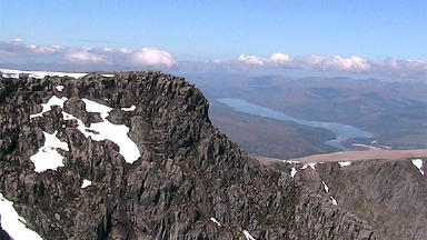 Two feared caught in Ben Nevis avalanche