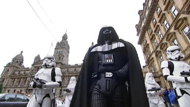 Darth Vader: Flanked by Stormtroopers in Glasgow.
