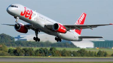 Jet2 flight Boeing 757 passenger jet G-LSAE. Public Domain image from Wikipedia.Quality image