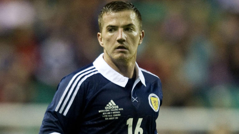 Motherwell re-sign Ross McCormack on six-month-loan deal