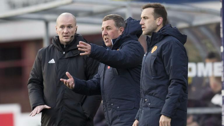 Mark McGhee blames referee for Motherwell's failure to win at Dundee