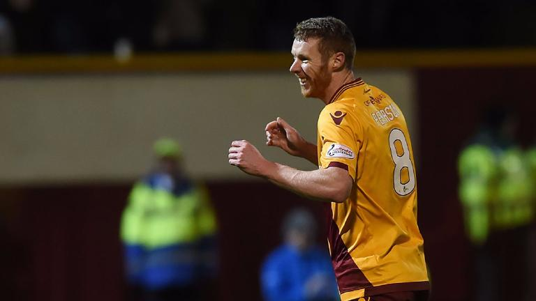 Motherwell keen on signing Stephen Pearson in January