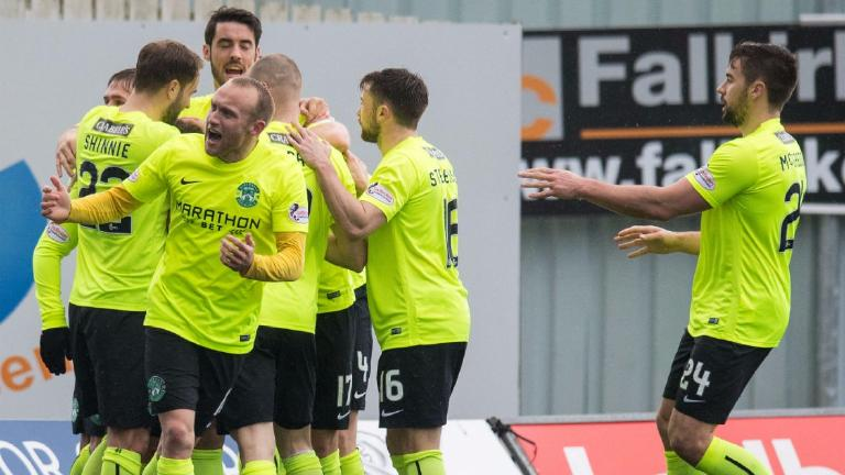 Championship wrap: Commons nets for Hibs, Sons beat Dundee Utd