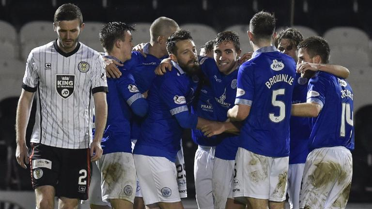 Queen of the South pile the misery on bottom side St Mirren
