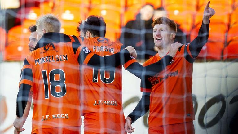 Simon Murray at the double as Dundee United rescue point