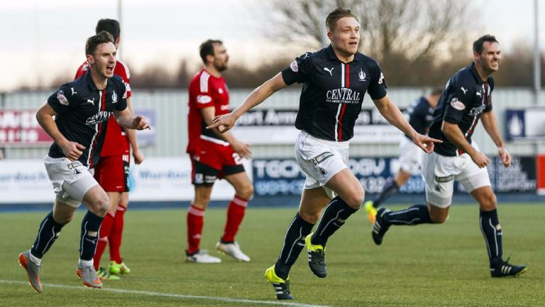 Falkirk and Ayr share spoils after eventful encounter