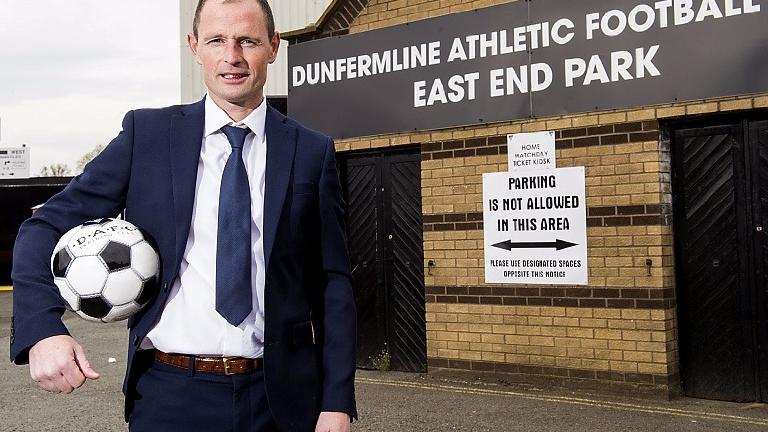 Dunfermline FC offer chance to sign for first team squad