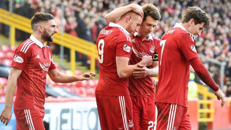 Rooney strikes winner as Aberdeen consolidate second spot