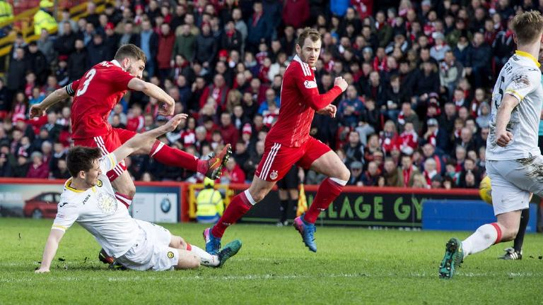 Aberdeen defeat Partick Thistle 1-0 to reach cup semis
