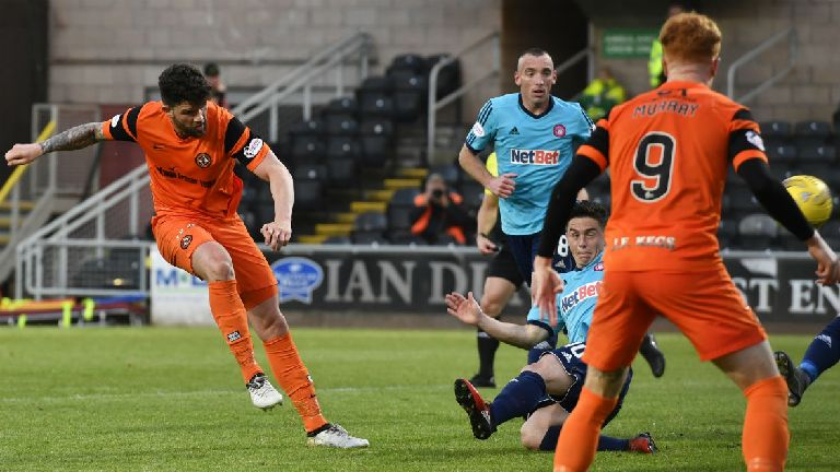 Dundee Utd 0-0 Hamilton: Stalemate in play-off first leg
