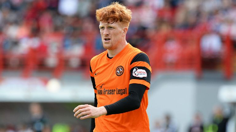 Simon Murray signs for Hibernian on two-year deal