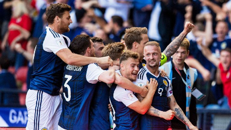 Scotland 2-2 England: Kane goal denies famous Scottish win