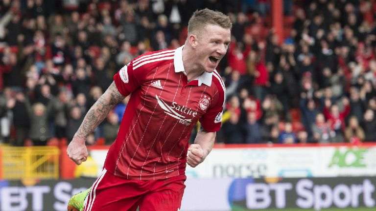 Celtic complete signing of Jonny Hayes from Aberdeen
