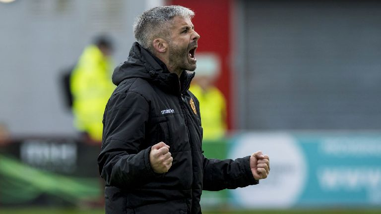 Lasley hangs up boots to become Motherwell assistant