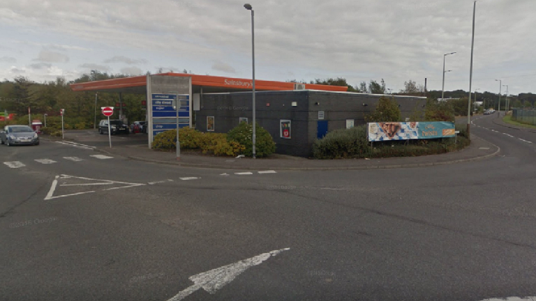 Hunt for attempted armed robbers who fled Sainsbur