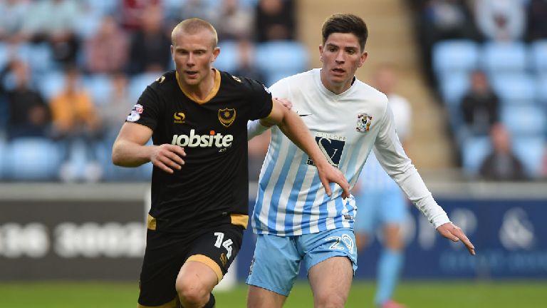 Motherwell snap up Portsmouth striker Curtis Main
