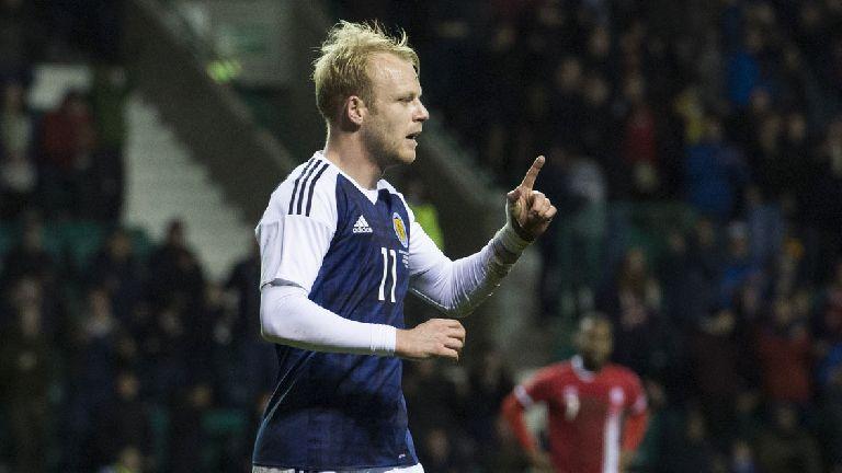 Hearts sign Scotland international Steven Naismith