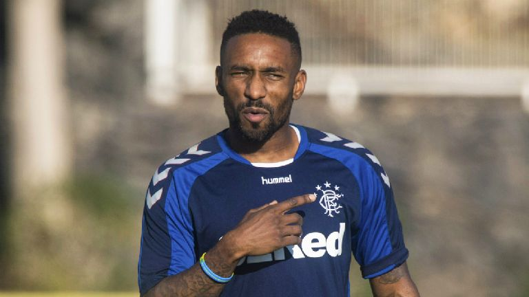 McAllister: Morelos to learn bundles from top-class Defoe