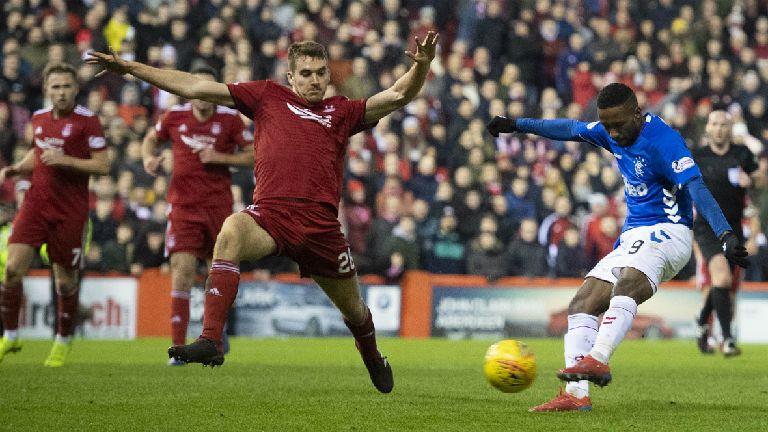 Premiership: Rangers win thriller, Celtic defeat Hibs
