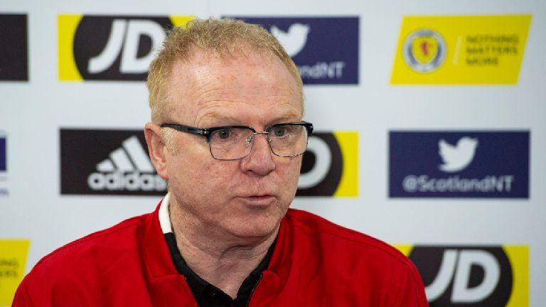 Alex McLeish: Scottish referees need our backing