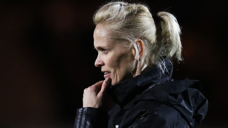 Kerr bemoans 'poor' decisions as Scotland exit World Cup