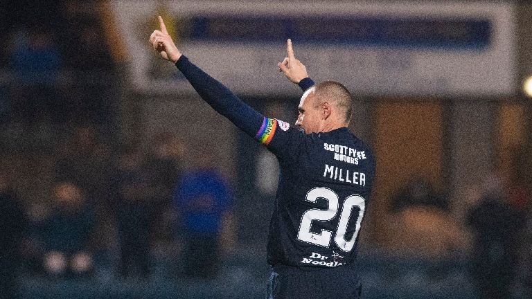 Kenny Miller signs for Partick Thistle after Dundee exit