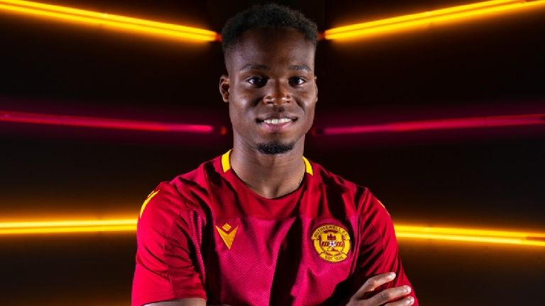 Motherwell sign Dutch winger Sherwin Seedorf from Wolves