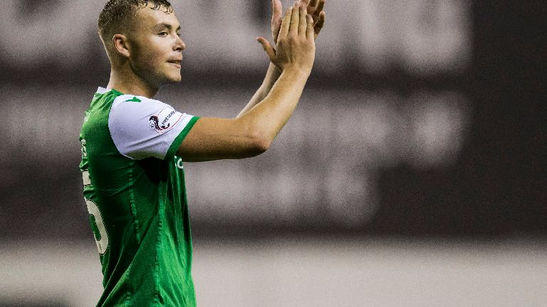 Hibs defender Porteous called up to Scotland squad