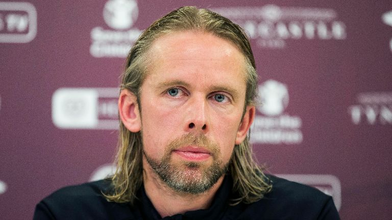 MacPhee not expecting quick appointment at Hearts