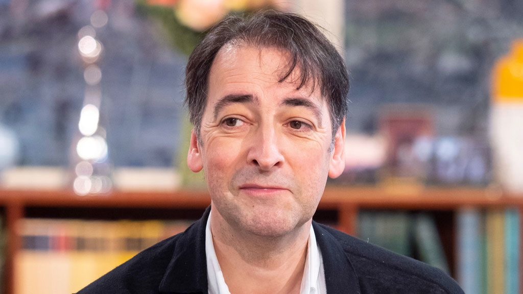 Can Alistair McGowan hit the right note?
