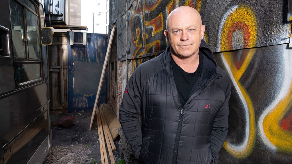 Ross Kemp: Living With...