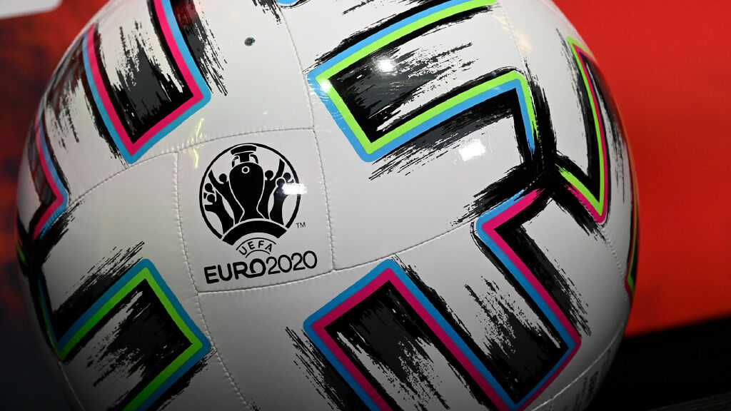Euros Daily Show
