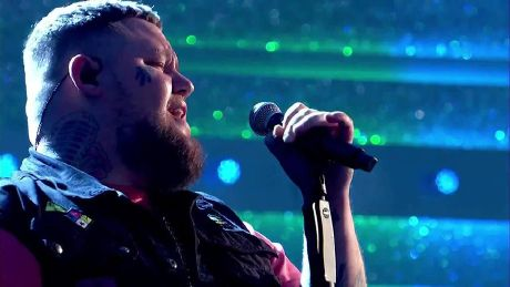A GIANT End of the Show Show with Rag'n'Bone Man