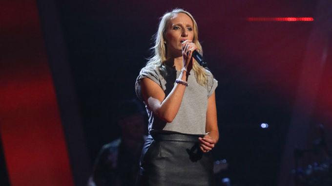 The Voice UK - The Voice show 3: Sarah Tucker