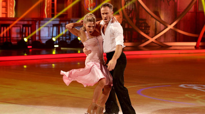 Dancing on Ice - James gives us more Dirty Dancing on Ice