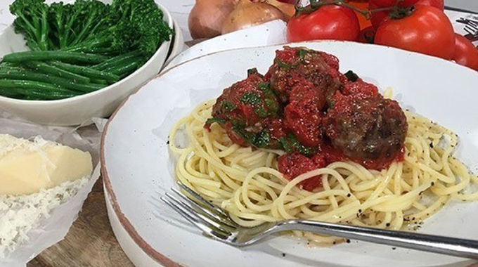 This Morning - Phil's Monday night meatballs