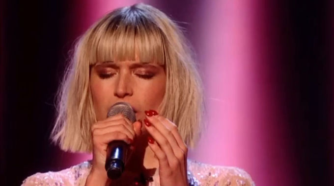 The Voice UK - The Voice Final: Molly summons the weegie spirit