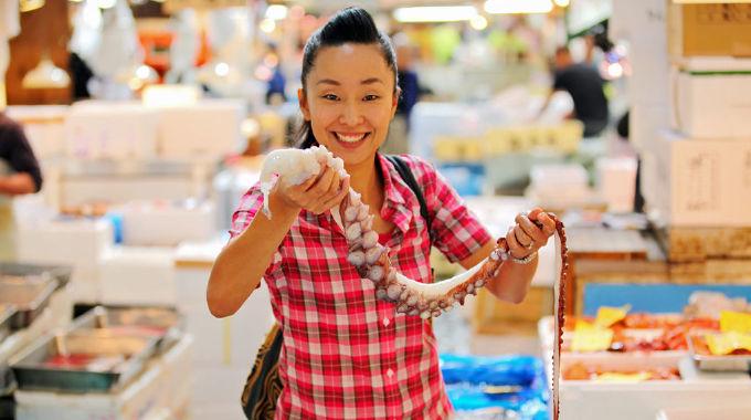 Sachie's Kitchen - Episode 1, Fish Market (Tokyo)