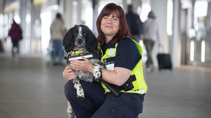 Heathrow: Britain's Busiest Airport - Wed 19 Jun, 8.00 pm