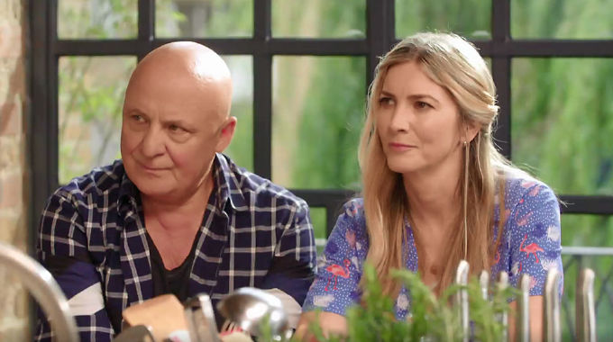 John and Lisa's Weekend Kitchen - Sat 17 Aug, 11.25 am